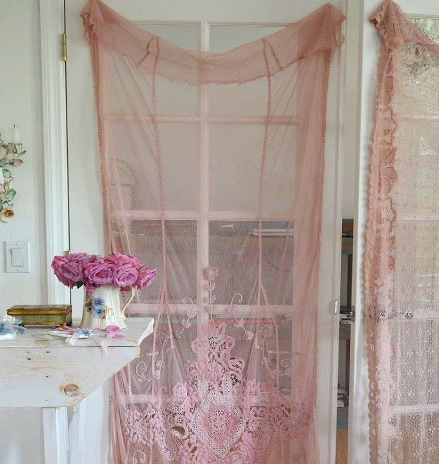 Lace door curtains